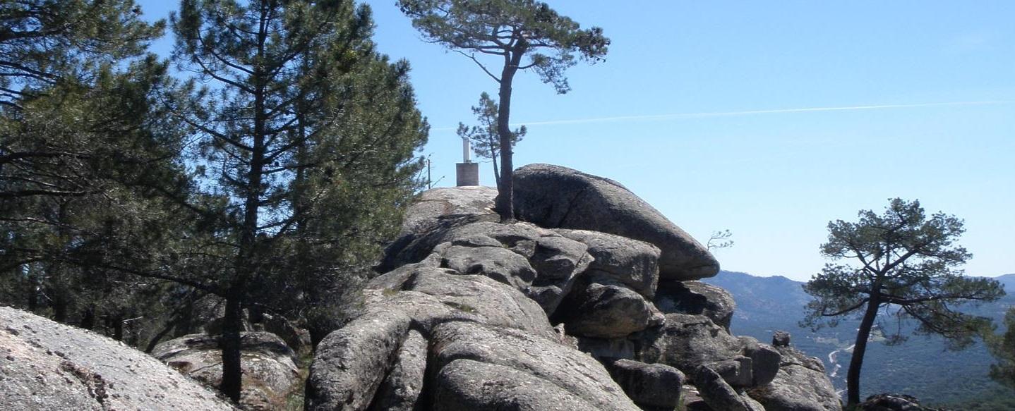 Ruta de Senderismo del Cerro en El Hoyo de Pinares y Enología